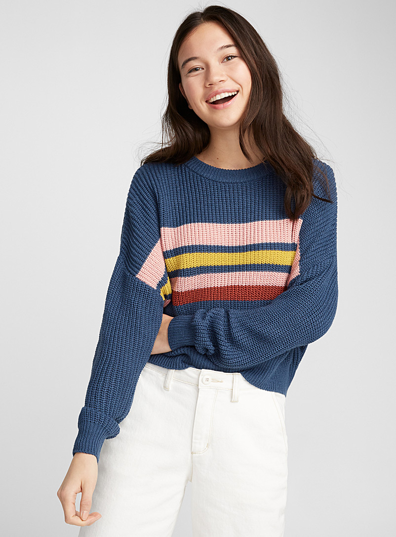 accent-stripe-ribbed-sweater