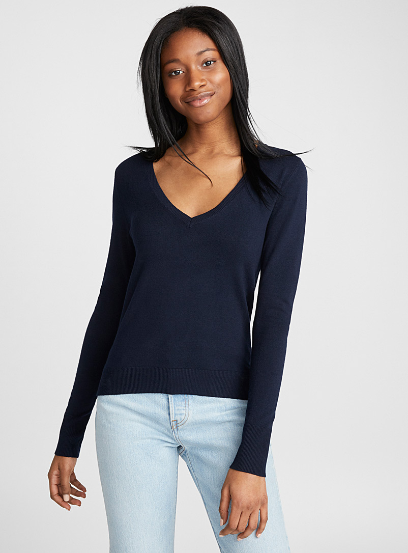viscose-v-neck-sweater
