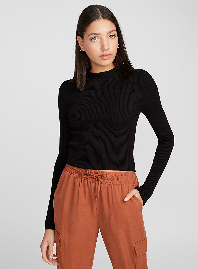 cropped-rib-knit-mock-neck-sweater