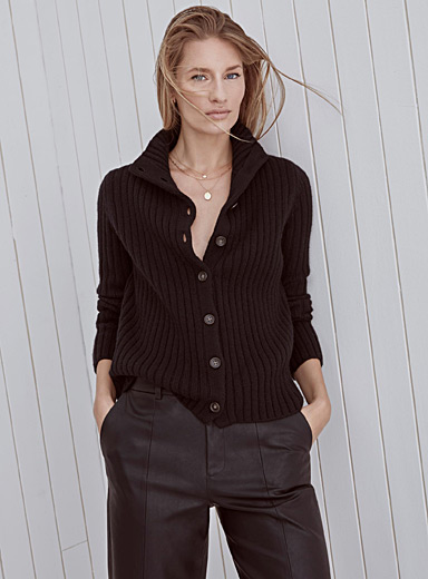 Stand-collar ribbed cardigan