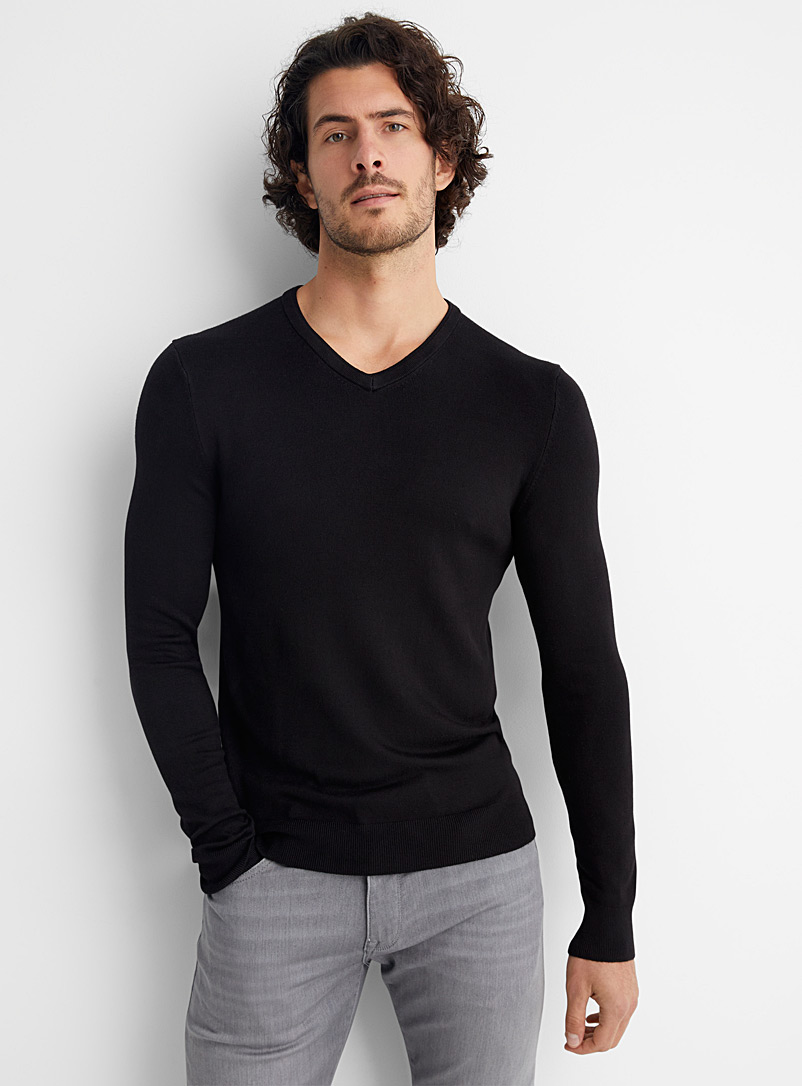 Bamboo rayon V-neck sweater - V-necks - Black
