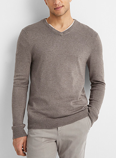 Bamboo rayon V-neck sweater