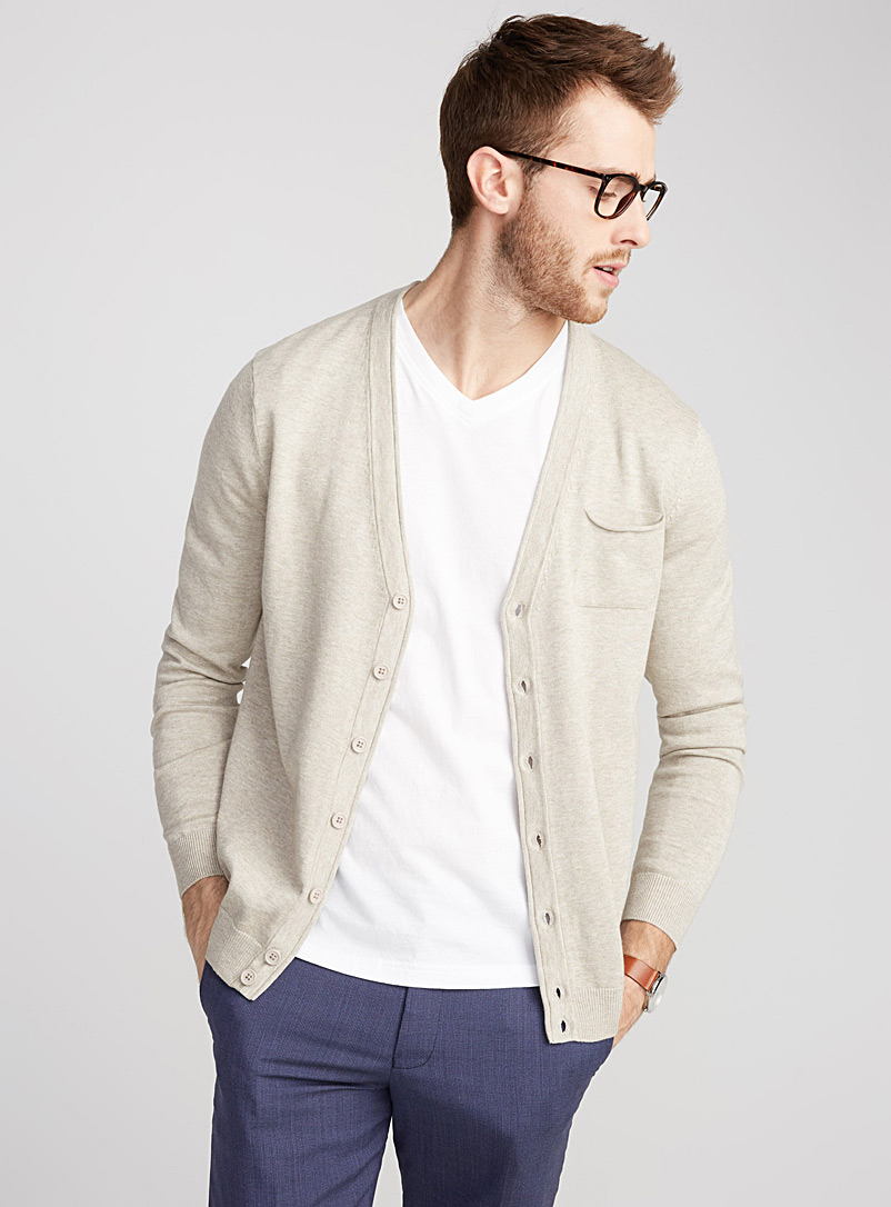 must-have-v-neck-cardigan