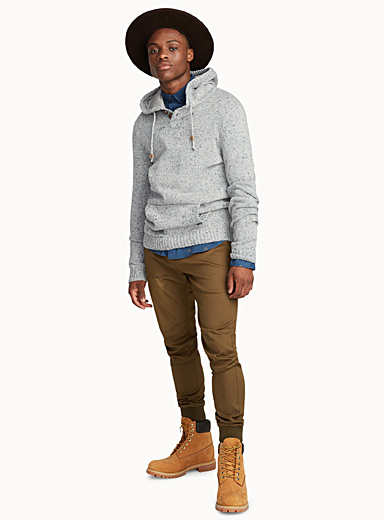 Highlands hooded sweater