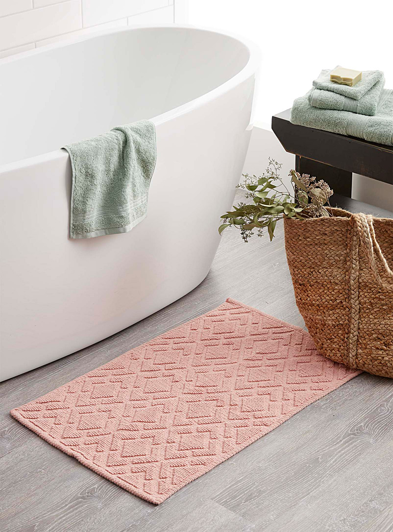 Embossed diamond bath mat  50 x 80 cm - Bath Rugs - Pink