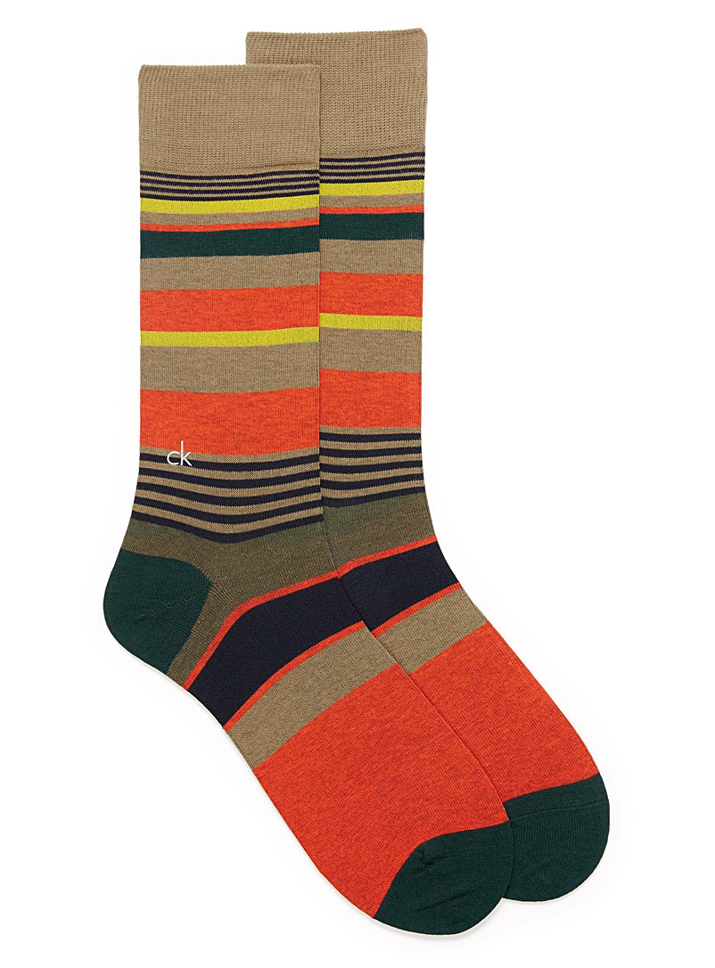 irregular-stripe-dress-socks