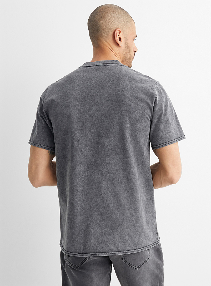Converse Black Vintage faded T-shirt for men