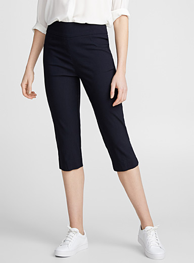 Wide-waist stretch capris