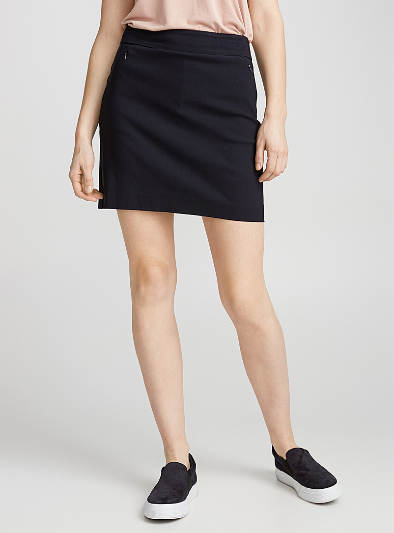 wide-waist-stretch-skort