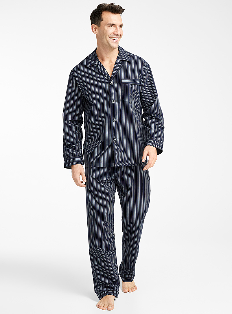 vertical-stripe-pyjama-set