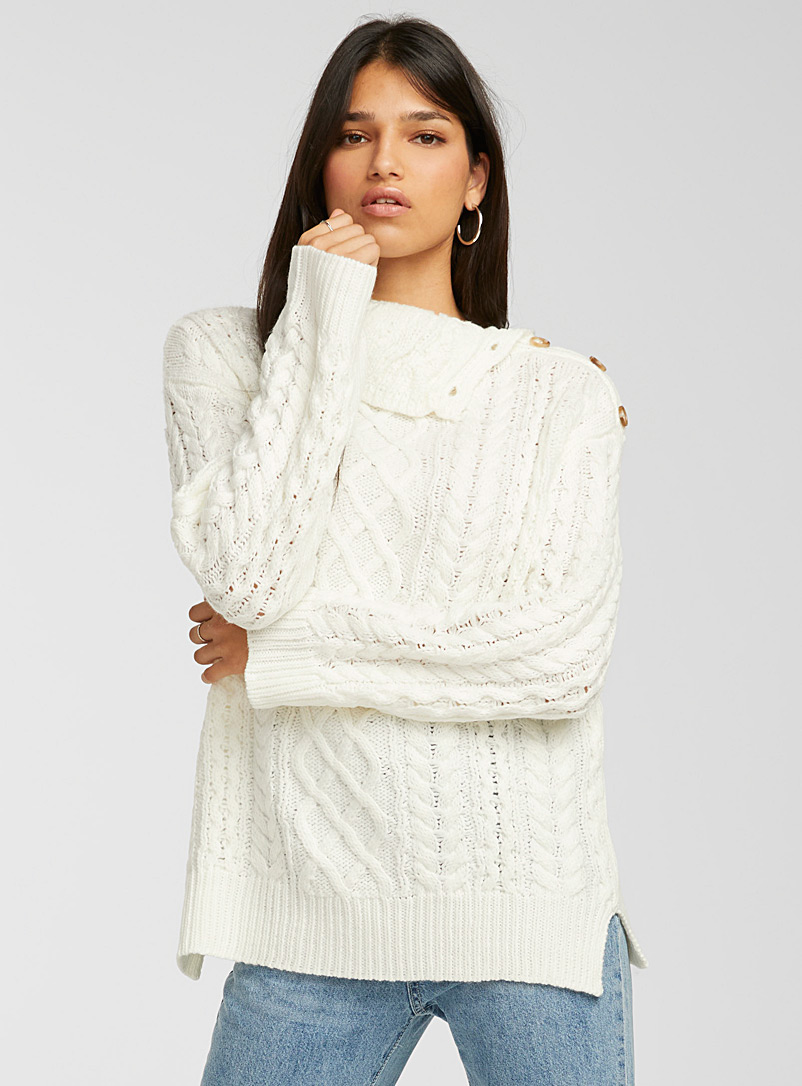 Icône Ivory White Buttoned cable-knit turtleneck for women