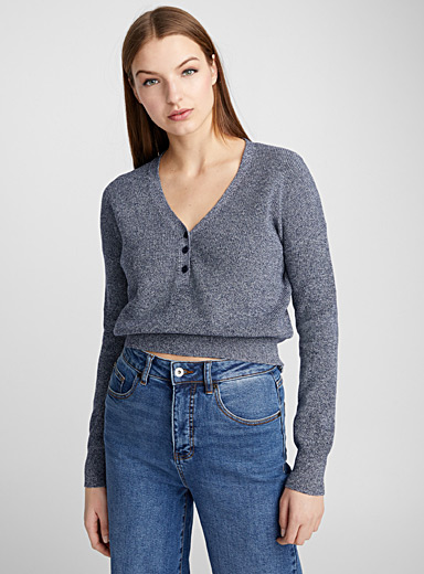 Buttoned cropped sweater