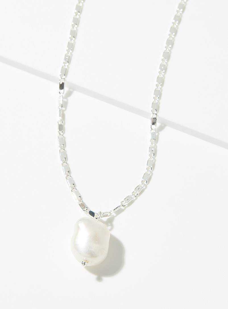 Simons Assorted Pearl chain necklace for women