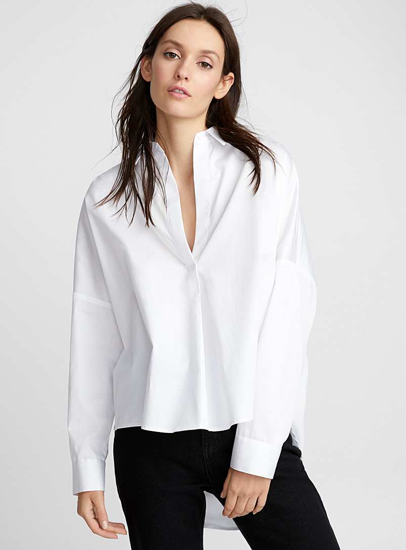Icône White Symmetric minimalist blouse for women