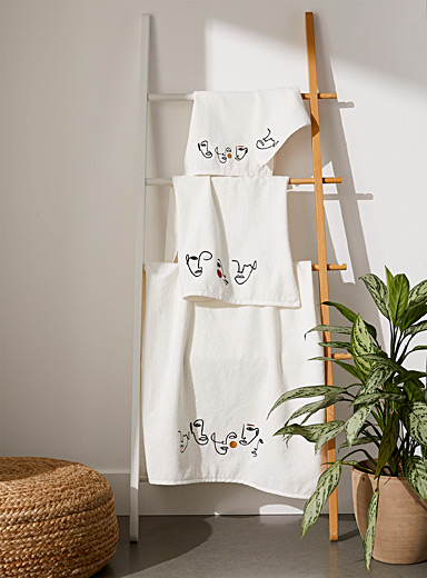 Abstract face organic cotton towels