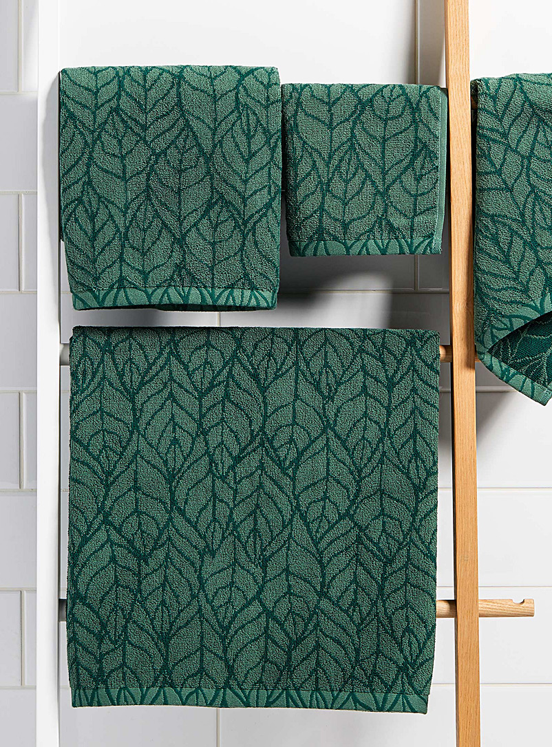 Simons Maison Kelly Green Foliage jacquard towels
