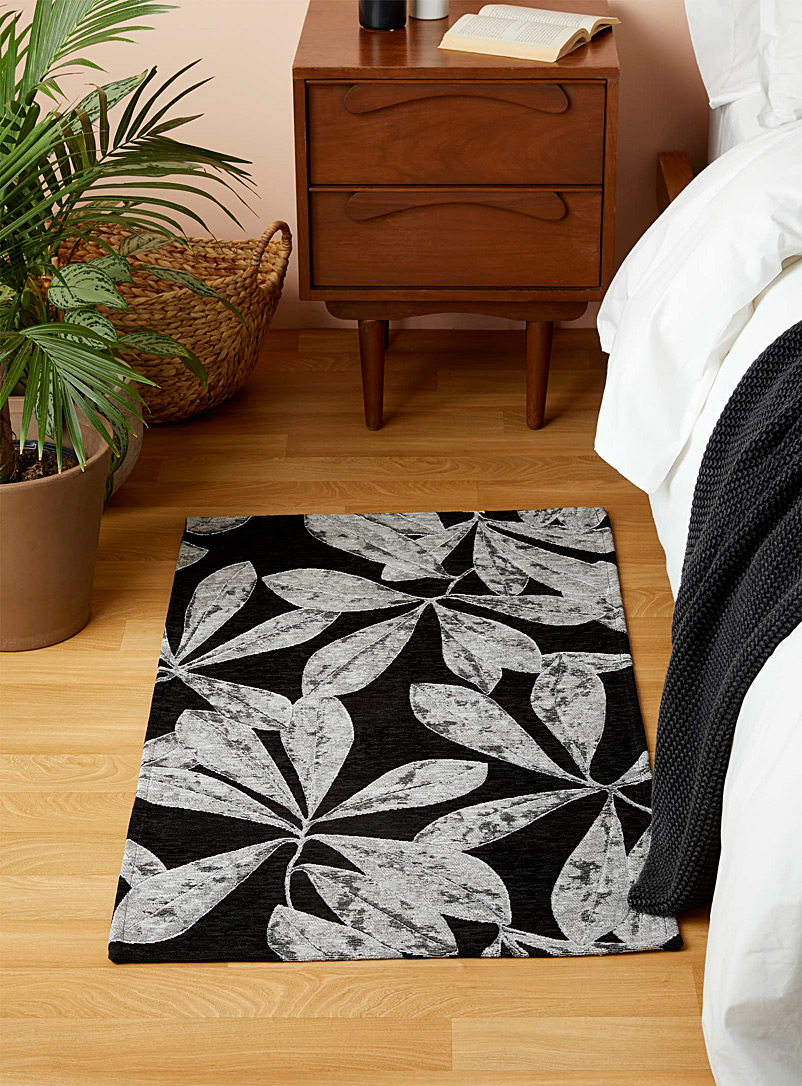 Simons Maison Patterned Black Pearly foliage rug  65 x 110 cm