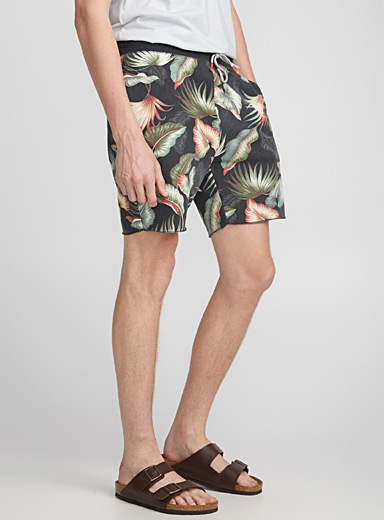 Le short sweat tropical