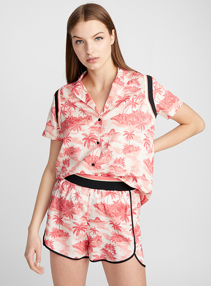 Sporty trim vacation shirt - Shirts - Patterned Red