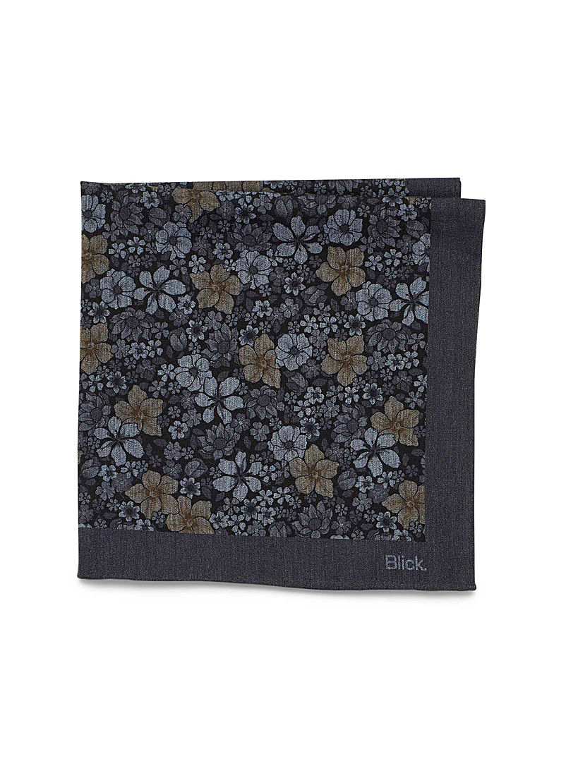 tinted-flower-pocket-square