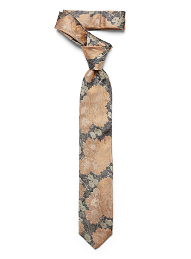 Coppery flower tie