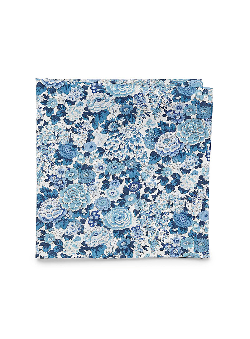 Blick Blue Blue bouquet pocket square for men