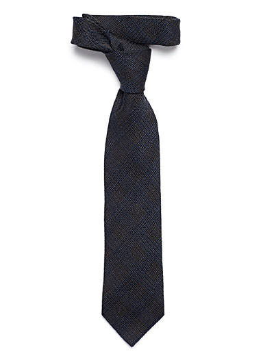 Check textured tie