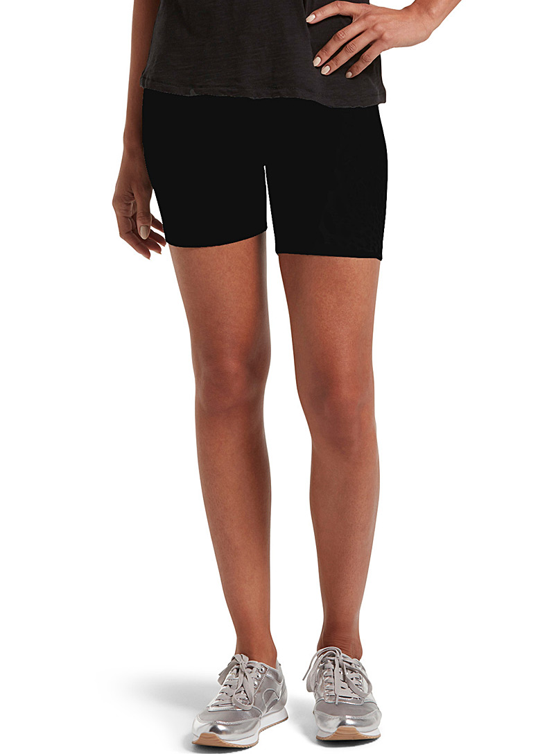 Hue Black Essential biker short for women