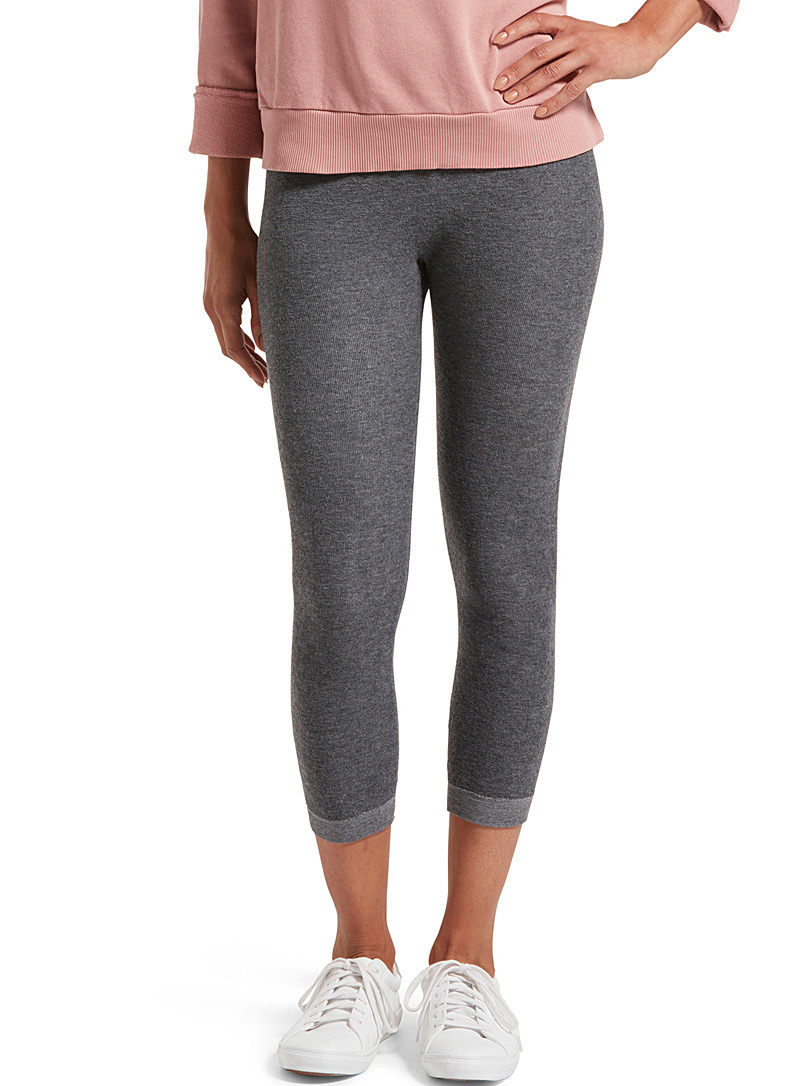 Hue Charcoal Essential reversible legging for women