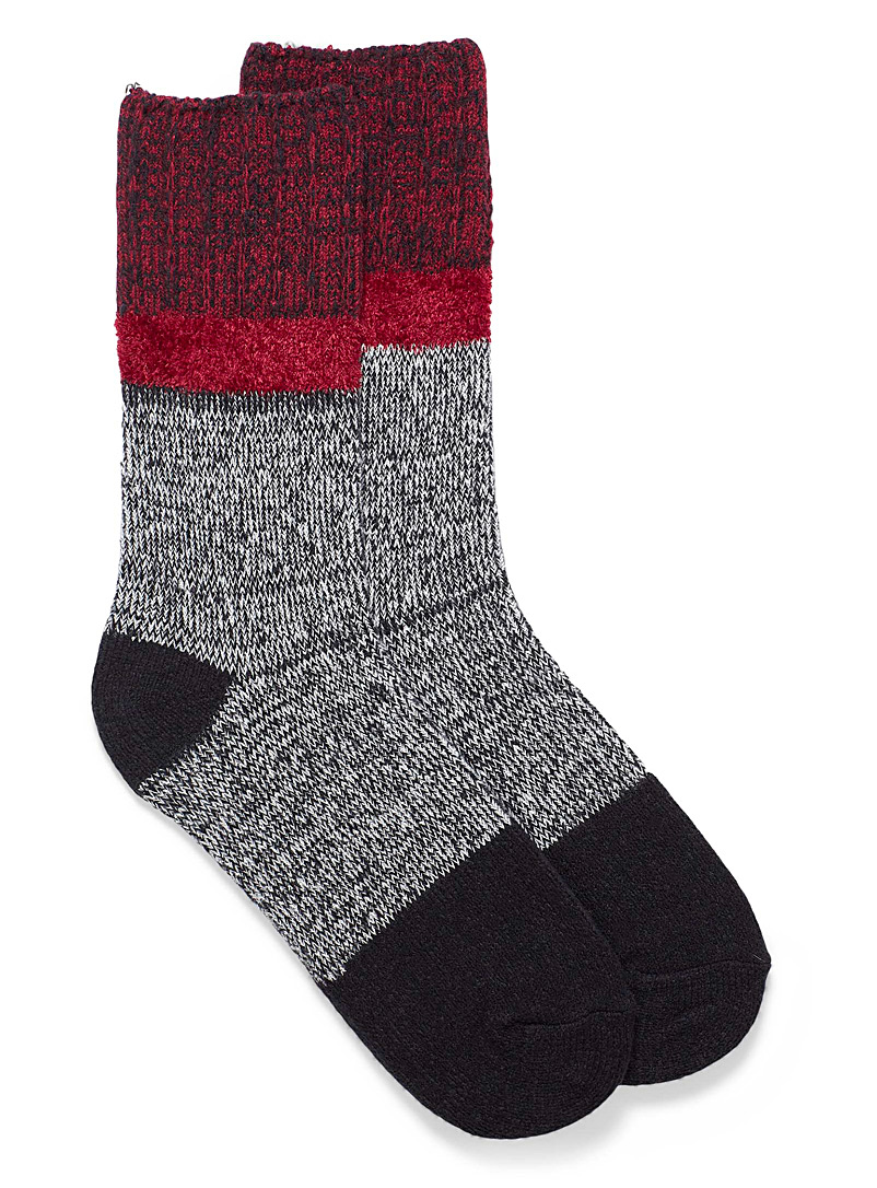 Hue Black Heathered chenille knit socks for women