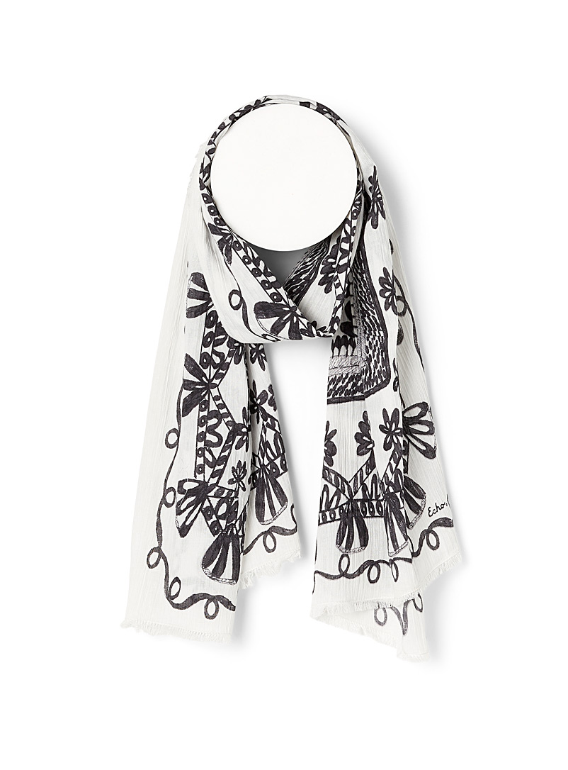 Echo Design Patterned Black Botanical path scarf for women