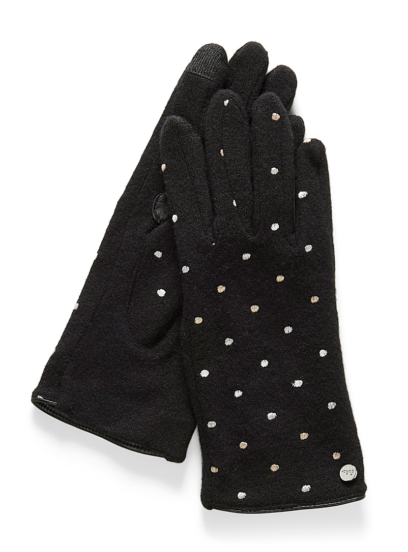 dot-tactile-gloves