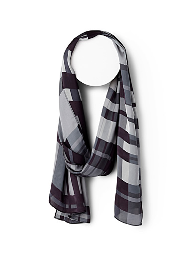 Basket check scarf