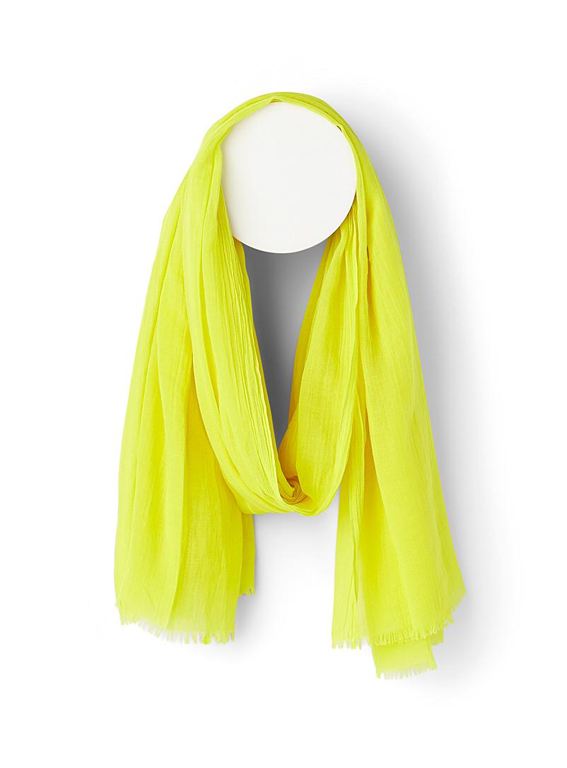 Finely fringed solid scarf - Light scarves - Yellow