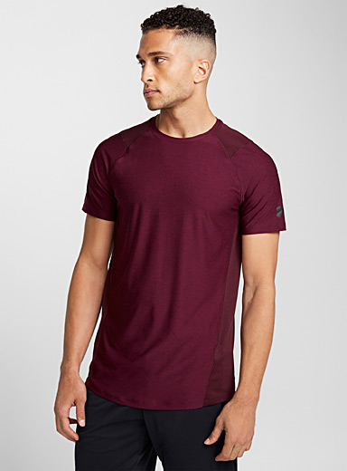 Le tee-shirt découpes filet