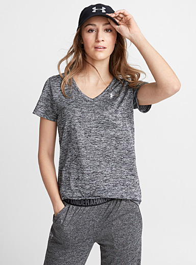 Under Armour: Le t-shirt col V Tech Noir pour femme