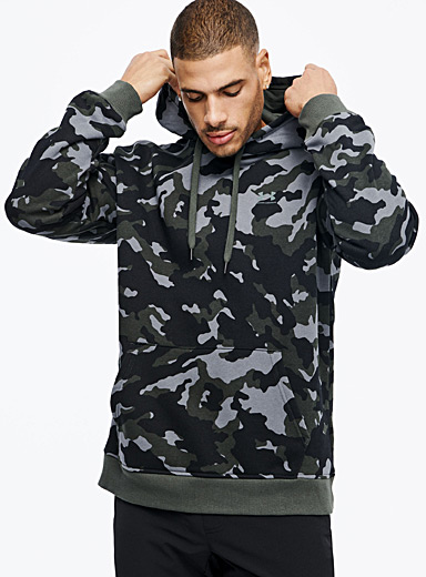 Under Armour Patterned Green Camouflage hooded sweatshirt for men