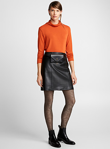 Metallic accent tights