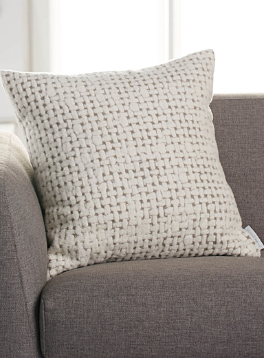 Velvety basketweave knit cushion  50 x 50 cm