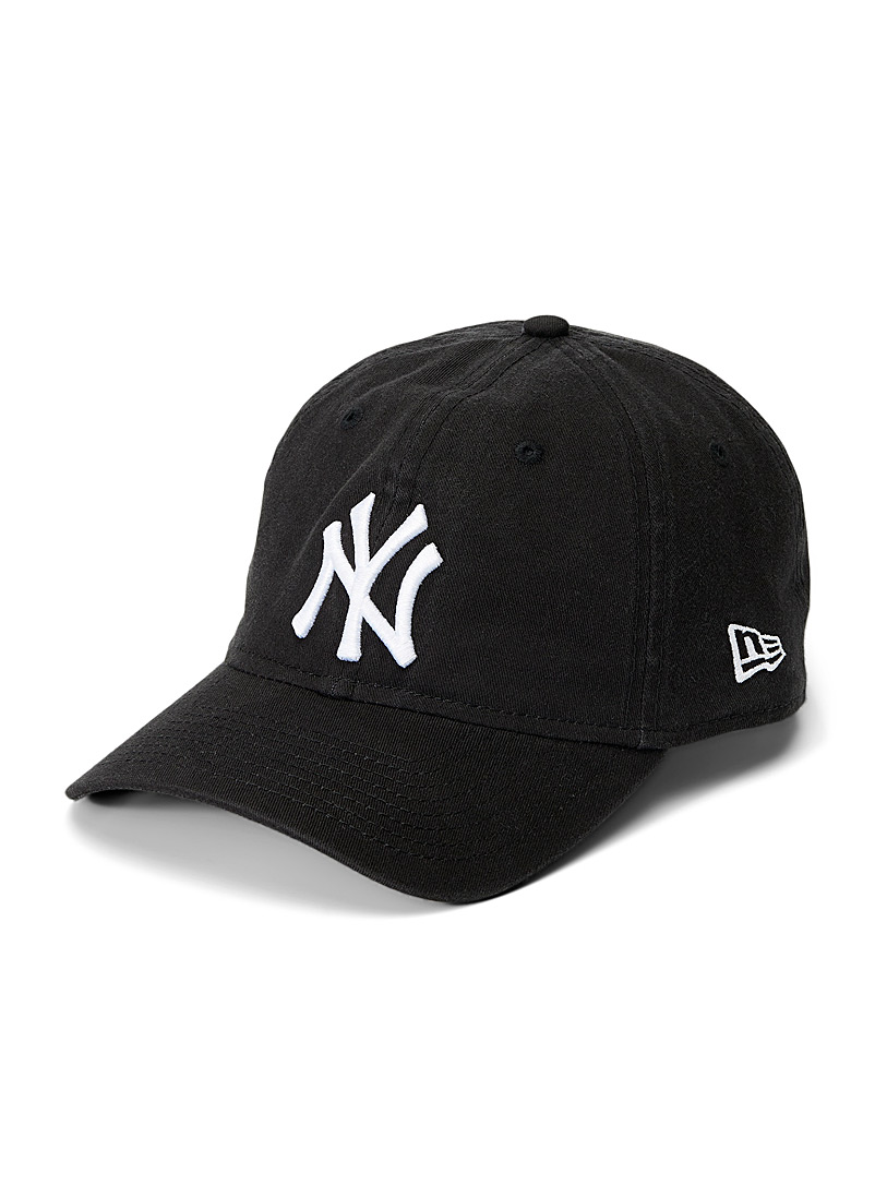 New Era Black New York Yankees classic cap for men