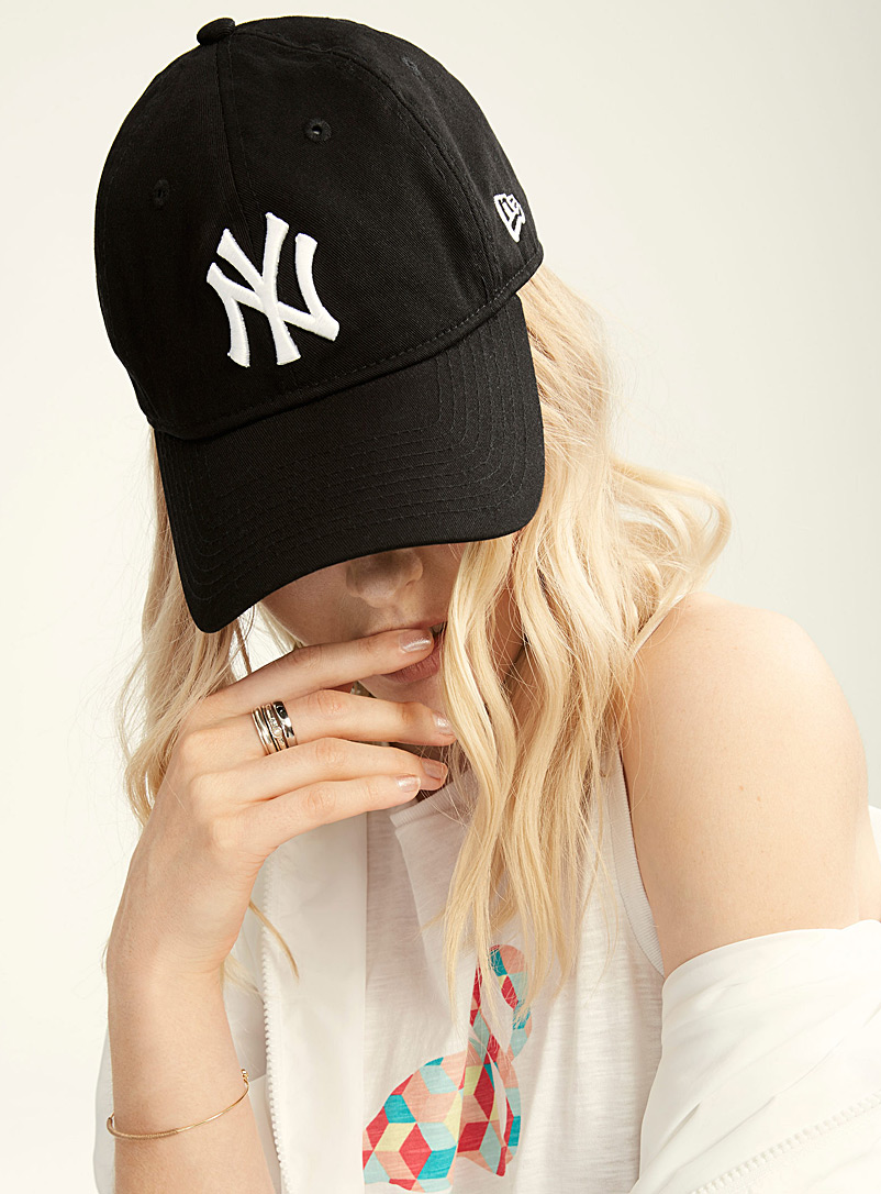 New Era Black New York Yankees cap for women