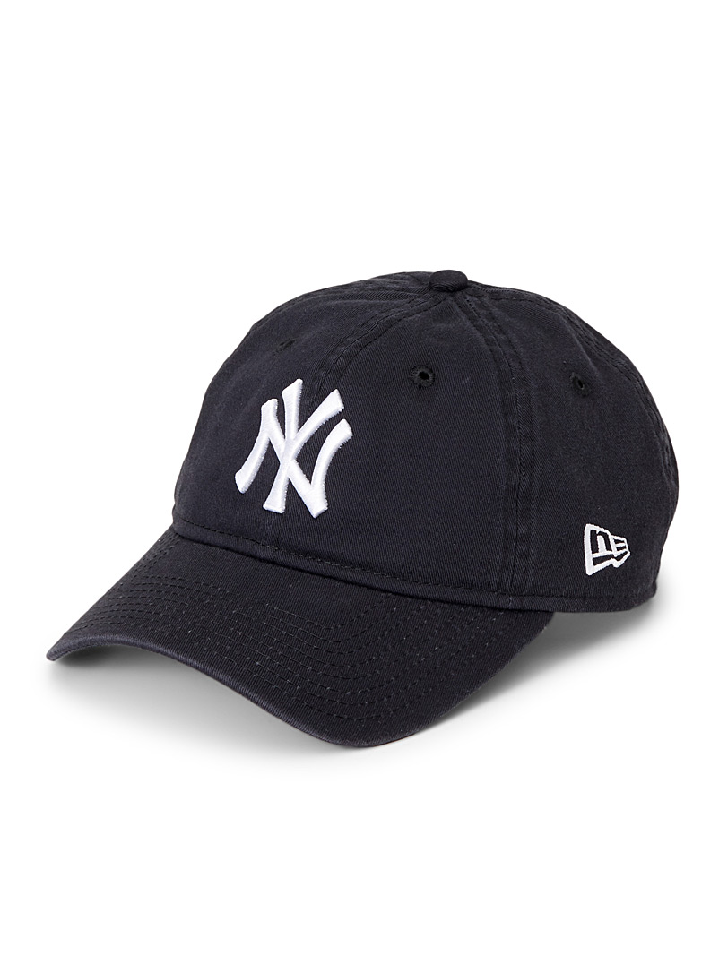 new-york-yankees-cap