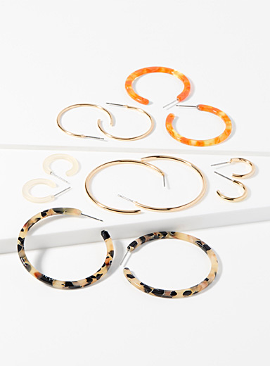 Translucent and golden hoops <br>Set of 6