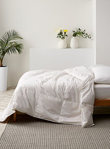 Recycled down duvet <br>Hypoallergenic and eco-friendly