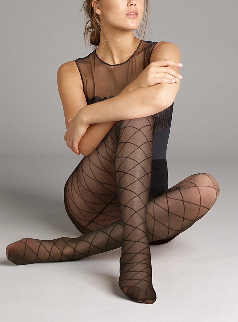Checkered sheer pantyhose