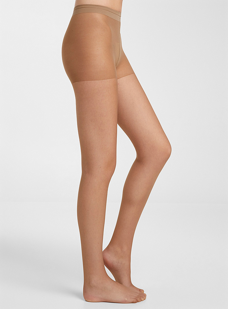 Simons Natural 9-to-5 executive pantyhose for women