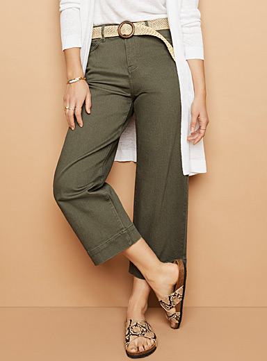 Cropped wide-leg khaki jean