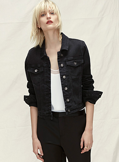 Essential jean jacket
