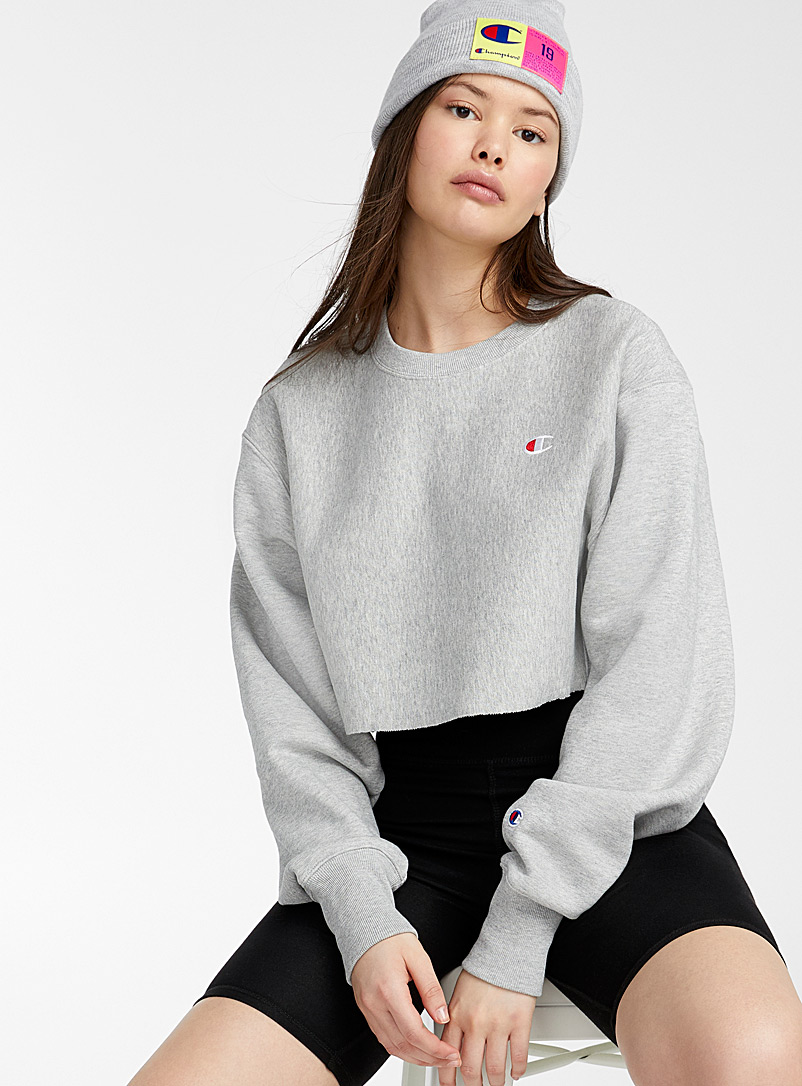 Champion: Le sweat ultracourt bordure ciseau Gris pour femme