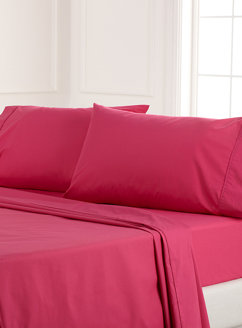Colourful percale plus sheet, 200 thread count  Fits mattresses up to 15 in. - Percale Plus - Medium Pink